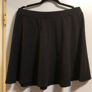 Black fun short skirt